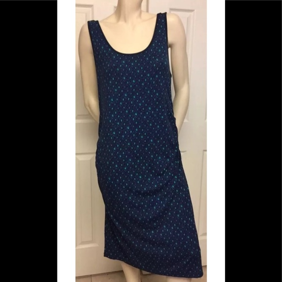 c2f573af8e3 Liz Lange for Target Dresses   Skirts - LIZ LANGE MATERNITY BLUE GEOMETRIC  PRINT DRESS